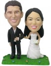 BOBBLEHEAD COUPLE DRESS UP WALKING IN THE PARK - Model 2047